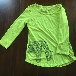 Crown & Ivy lime green elephant tee size M